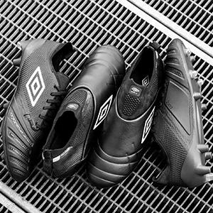 茵宝足球鞋