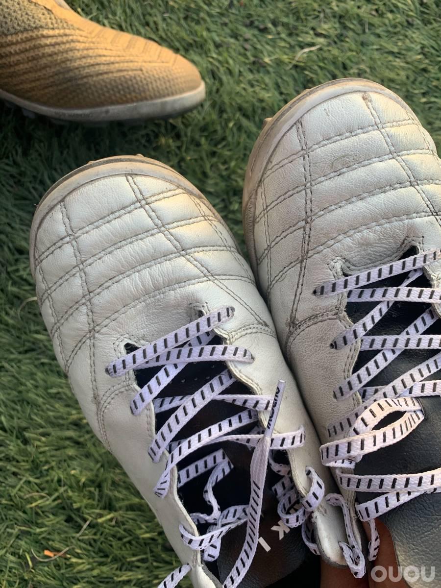 偶能量产足球鞋实战!