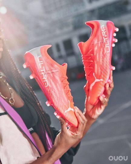 绝尘疾速!PUMA推出全新ULTRA 1.3超轻足球鞋
