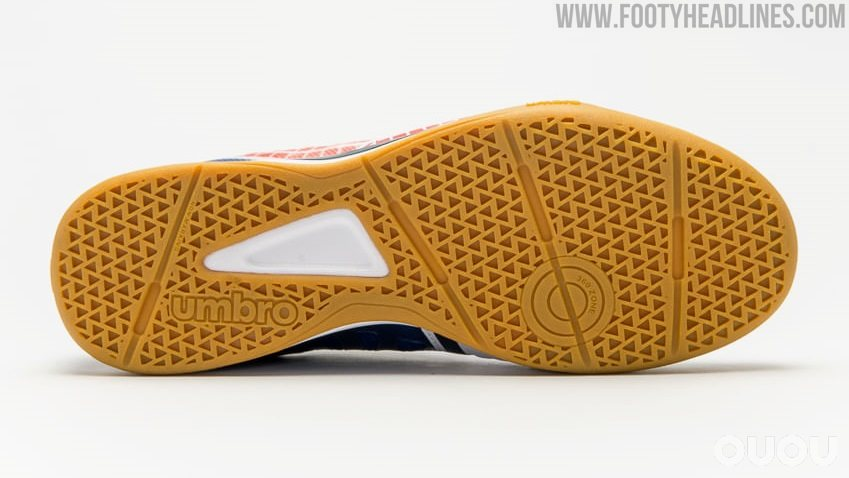Umbro发布Sala Z室内足球鞋