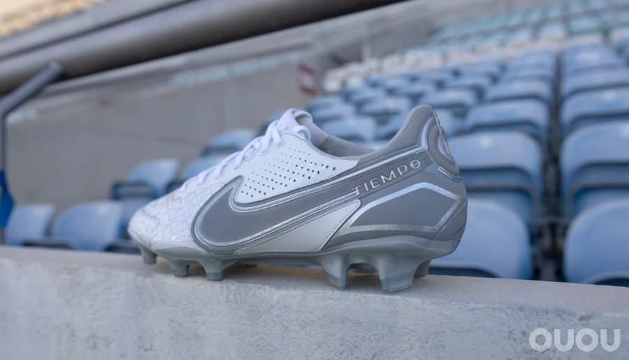 耐克发布 Tiempo Legend 9 'Focus' 限量款球鞋