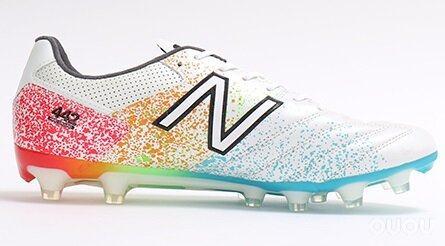 NB推出Kamo彩虹限量版442 Pro HG足球鞋