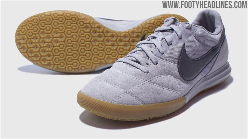 狼灰Nike Premier II Sala 2020 足球鞋曝光