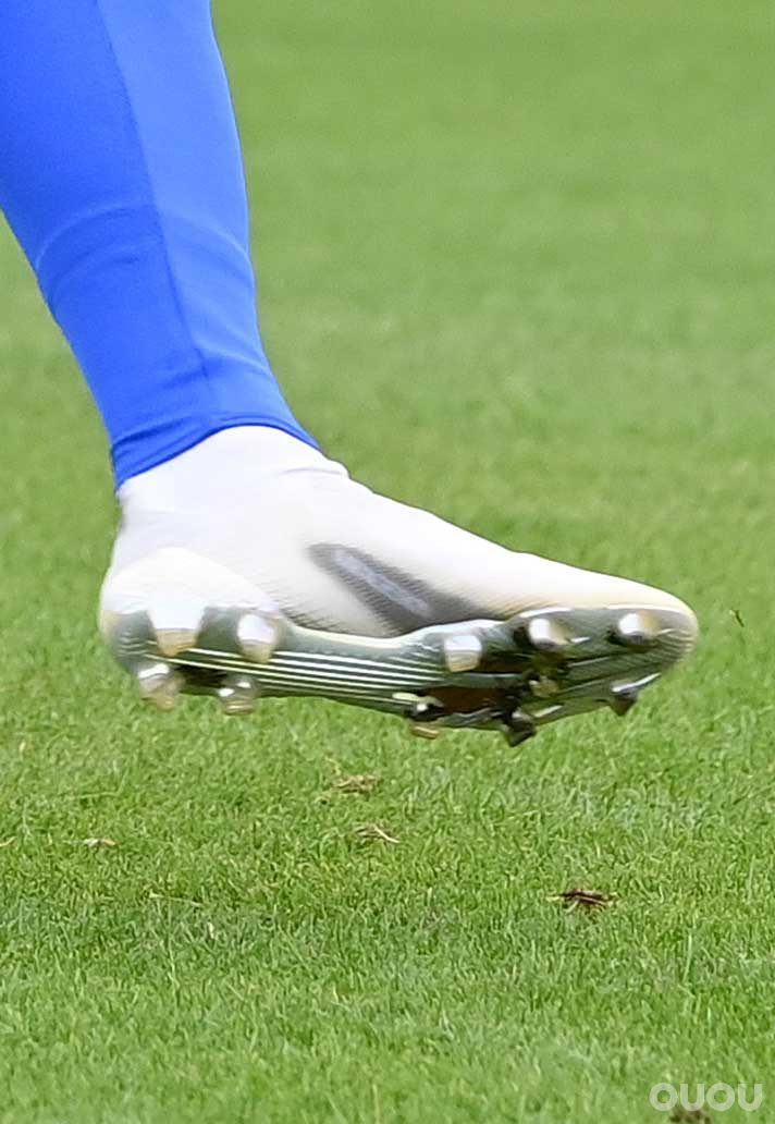 蒂莫・韦尔纳上脚下一代adidas x