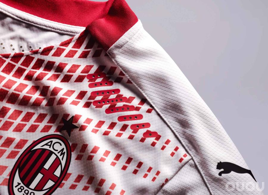 PUMA推出AC米兰20/21客场球衣