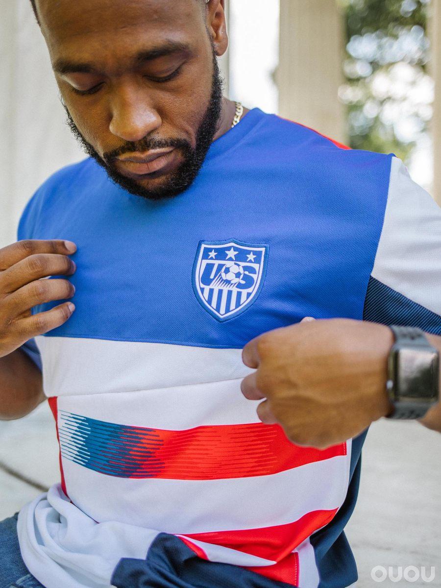 Participation Trophy Studio设计三款独特的美国队混搭球衣