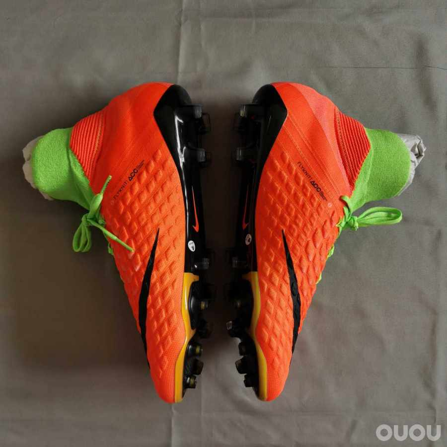 耐克毒蜂3毒锋fg超顶级足球鞋hypervenom