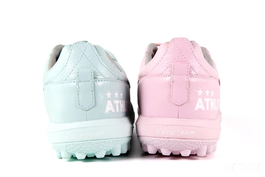 有配置也有颜值 Athleta X TLSS联名全袋鼠皮足球鞋静态赏析
