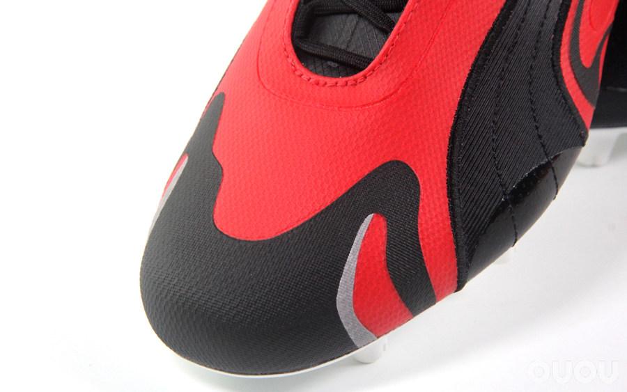 老套路玩出新花样 PUMA Future Inhale足球鞋赏析