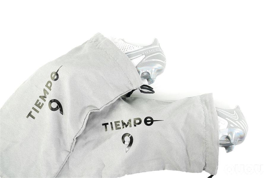 感受反光美学 耐克Tiempo Legend 9限量版赏析